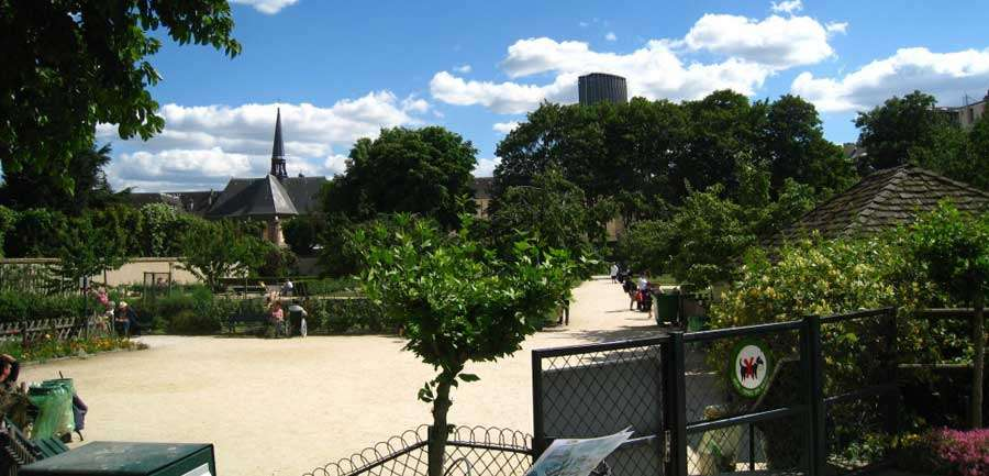 catherine-laboure-picnic