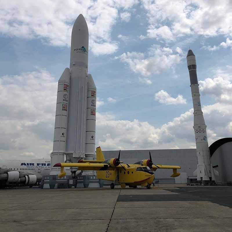 cohete ariane del museo del aire y del espacio francia