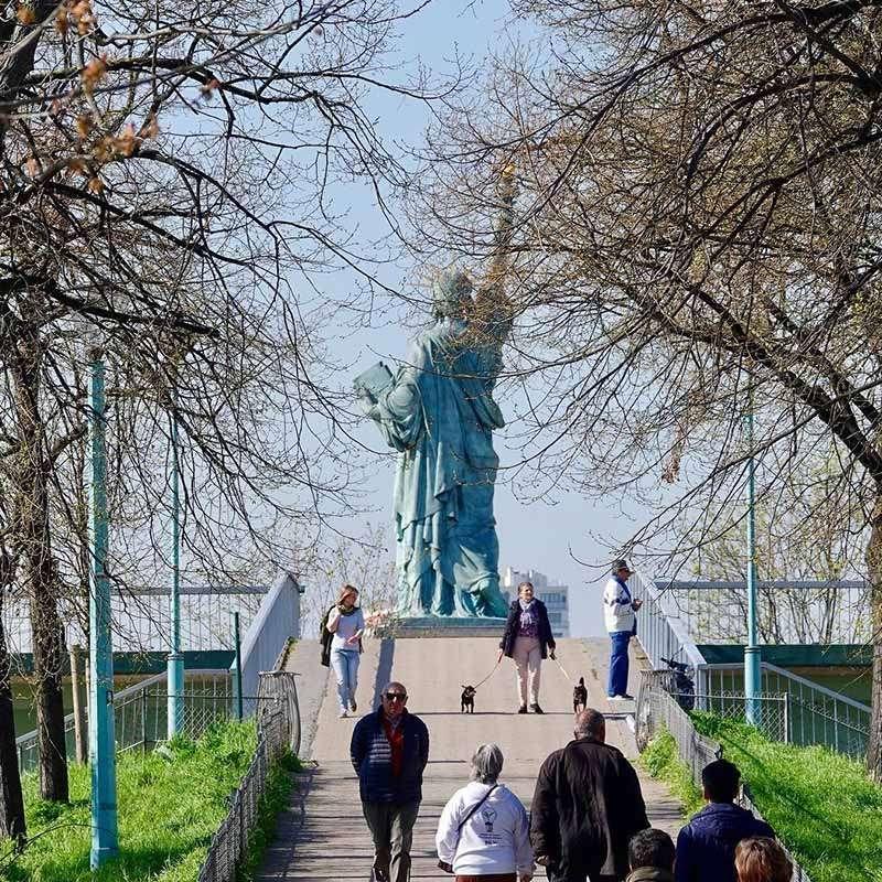 estatua de la libertad paris medidas